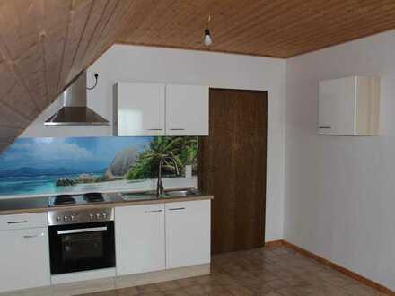Vollständig renovierte Wohnung mit zwei Zimmern und Einbauküche in Murrhardt