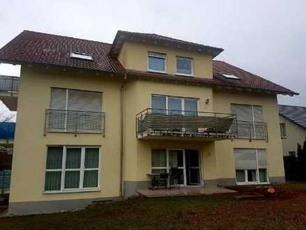 Helle 1,5 Zimmerwohnung mit Terrasse!