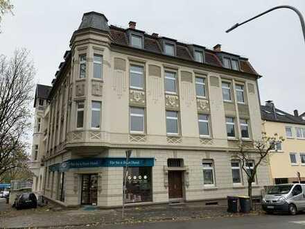 Erstbezug nach Sanierung mit EBK: Neurenovierte 4-Zimmer-Wohnung in Wuppertal-Katernberg
