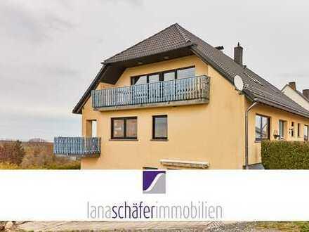4-Zi.-Wohnung mit Balkon und Gartenmitbenutzung
