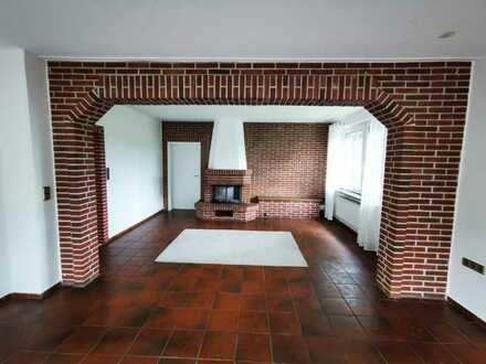 Freundliche 2-Zimmer-Erdgeschosswohnung mit Blick auf Pferdeweiden