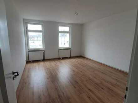 Erstbezug nach Sanierung: stilvolle 3-Zimmer-Wohnung mit gehobener Innenausstattung in Offenbach