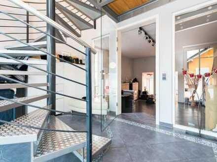 HEGERICH: Luxuriös und traumhaft Wohnen in Abenberg! Zweifamilienhaus in ruhiger Lage!