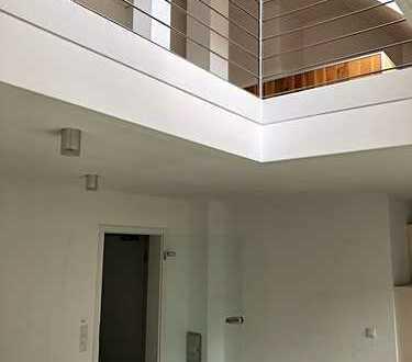 Neuwertige 3,5-Zimmer-Maisonette-Wohnung mit Balkon und EBK in Bocholt