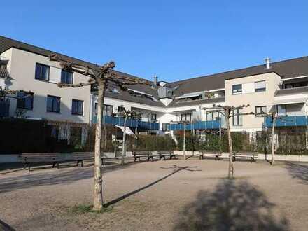 Charmante 2,5 Zi.-Maisonette-Wohnung mit Aufzug, EBK, 2 TG-Stellplätze, Sonnen-Balkon