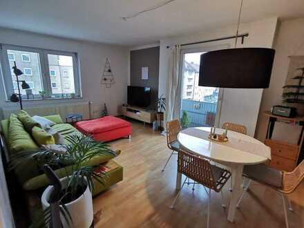Schöne 3-Zimmer-Wohnung mit Balkon und Einbauküche für Paare und Familien