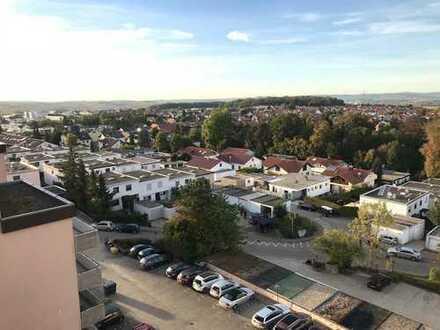 Vollständig renovierte 3,5-Zimmer-Wohnung mit Balkon und Einbauküche in Eberdingen-Hochdorf