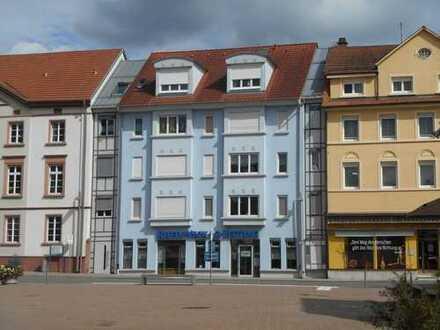 Eberbach Innenstadt - Gepflegtes 1 Zi.-Apartment mit Terrasse und Aufzug