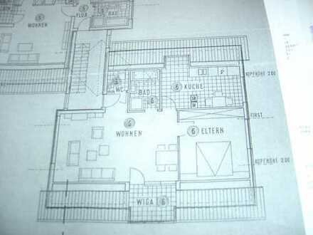 Exklusive, neuwertige 3-Zimmer-Dachgeschosswohnung mit Einbauküche in Balingen - Frommern