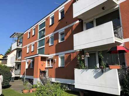 Gepflegte 3-Zimmer-Wohnung mit Balkon in Rösrath - 5 Minuten Fußweg zur RB25