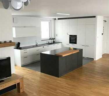 Provisionsfrei - Penthouse-Wohnung mit traumhaftem Skylineblick
