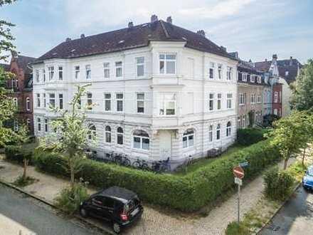 Schreventeich: Schöne 4,5-Zimmer-Wohnung in charmantem Altbau