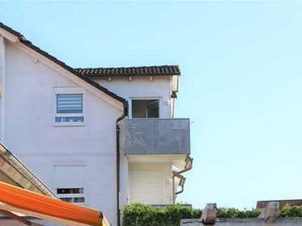 Helle Maisonette-Wohnung mit Balkon und TG-Stellplatz