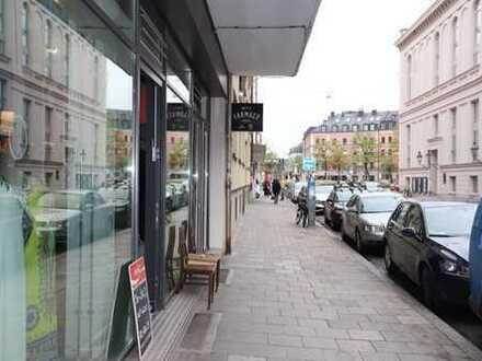 Nähe Gärtnerplatz, Ladeneinheit mit Lager, großes Schaufenster, nur Einzelhandel