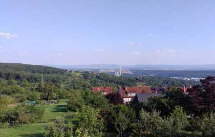 Esslingen-Liebersbronn: 2-Zimmer-Wohnung in Toplage mit Topaussicht