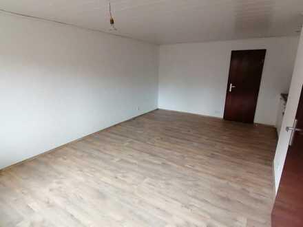 Neu renovierte 1-Zimmer-Einliegerwohnung in Waiblingen-Bittenfeld