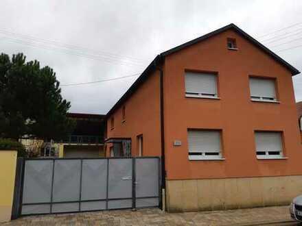 Schönes, geräumiges Haus mit sieben Zimmern in Germersheim (Kreis), Minfeld