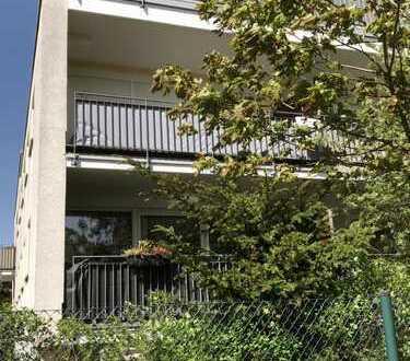 Vollständig renovierte 2-Zimmer-Wohnung mit Balkon und Einbauküche in Euskirchen