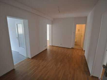 Helle und sanierte 3 Zimmer-Wohnung mit guter Raumaufteilung im Europaviertel!