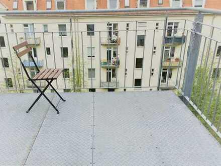 München Schwabing***Appartement ca. 36 qm, Balkon zum Innenhof