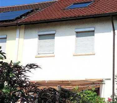 Reutlingen, Schönes Reihenmittelhaus zu Vermieten