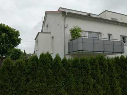 Sonnige 4-Zimmerwohnung mit Balkon nahe Waldrand