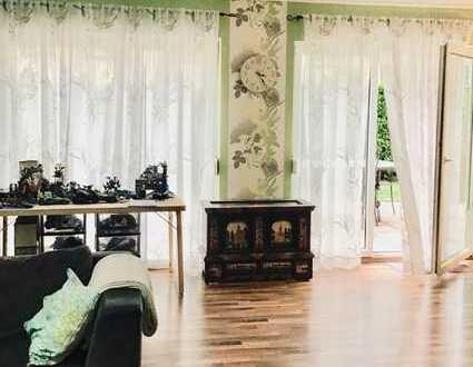 *Gepflegte Doppelhaushälfte mit viel Platz, schönem Garten und Sonnenterrasse - Familien willkommen*