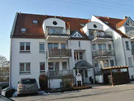 Schöne 1 Zimmer Wohnung mit EBK, Terrasse, Keller und TG-Stellplatz