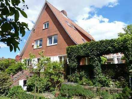 Charmantes Gästehaus mit viel Potenzial in Jork zu verkaufen