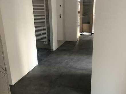 Erstbezug: freundliche 3-Zimmer-Wohnung mit EBK und Terrasse in Rottenburg-Ergenzingen