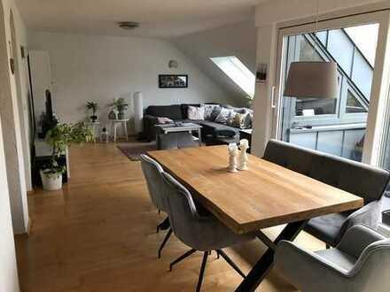 Gepflegte 3-Zimmer-Dachgeschosswohnung mit Dachloggia mit Blick ins Grüne in Schwerte/Ergste