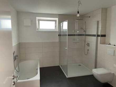 Erstbezug: Ansprechende 3-Zimmer-Wohnung mit 2 Terassen in Rheinau