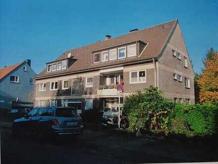 Modernisierte Wohnung mit fünf Zimmern und Balkon in Witten