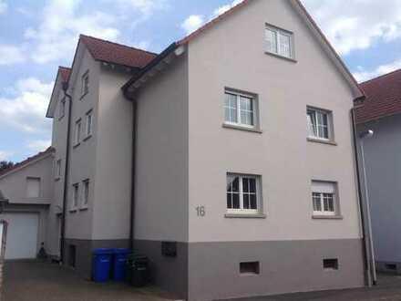 Attraktive 4 Zimmer EG-Wohnung mit Terrasse in ruhiger Wohnlage