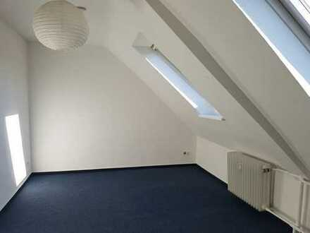 Aaseestadt: 1 Zimmer 14 qm (NUR AN STUDIERENDE)