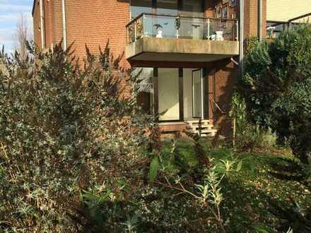 Gepflegte 3-Zimmer-Erdgeschosswohnung mit Terrasse und Garten in Rees