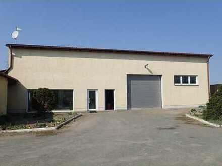 Neuwertige Gewerbehalle in Lindendorf