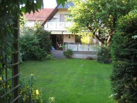 Raumwunder Wohnhaus, gepflegt, begehrte Wohnlage Uttenreuth – privat-provisionsfrei