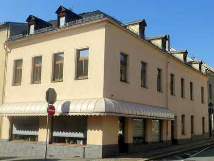Provisionsfrei! Wohn- und Geschäftshaus mit freiwerdender Wohnung zu verkaufen