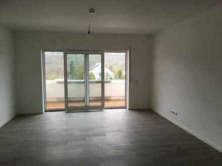 Sehr schöne neuwertige 2-Zimmer-Wohnung in Toplage mit Balkon in Marktheidenfeld