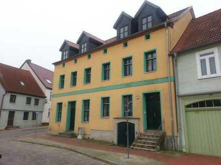3 Raum Wohnung in einer Doppelhaushäfte im Stadtkern Burg Stargard