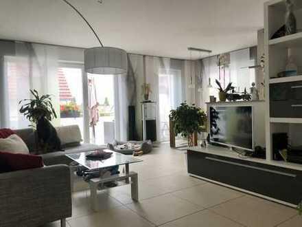 luxuriöse und lichtdurchflutete 3-Zimmer Wohnung (86 qm)