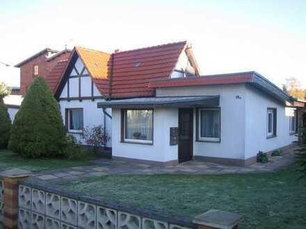 *Haus mit ca. 140 m² inklusive kleiner Einliegerwohnung und Garage in 18233 Neubukow*