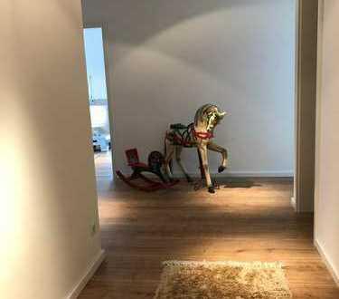 *Wieder zu vergeben* ! Helle Neubau 2-Zimmer-EG-Wohnung mit Terrasse in Hennef (Sieg)