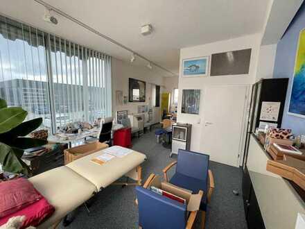 Büro- oder Praxisräume zu vermieten