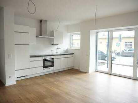 Erstbezug: Helle 2-Zimmer Wohnung mit großer Terrasse