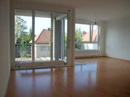 Helle bezugsfertige 3-Zimmer-Wohnung in der Ludwigsburger Weststadt von privat