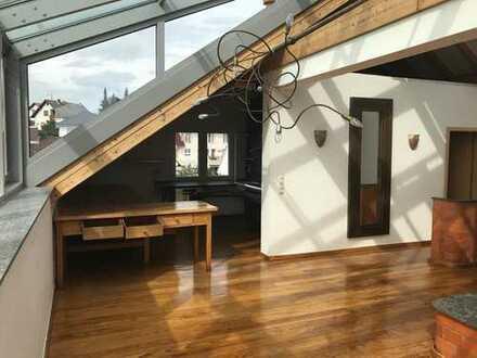 Freundliche 2,5-Zimmer-Maisonette-Wohnung mit Balkon und EBK in freigericht-somborn