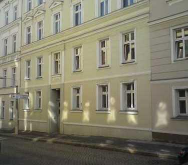 2 Zimmer Wohnung in Bahnhofsnähe