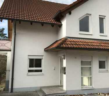 1.200 €, 170 m², 7 Zimmer
